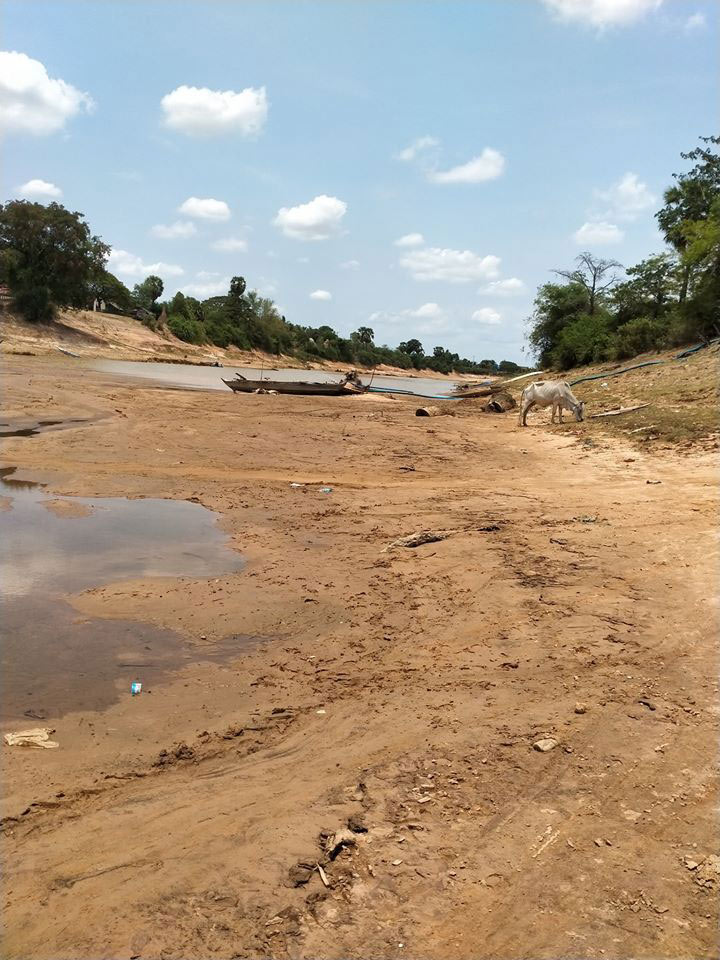 Water levels drop drastically in drought-stricken Stung Sen River. Facebook